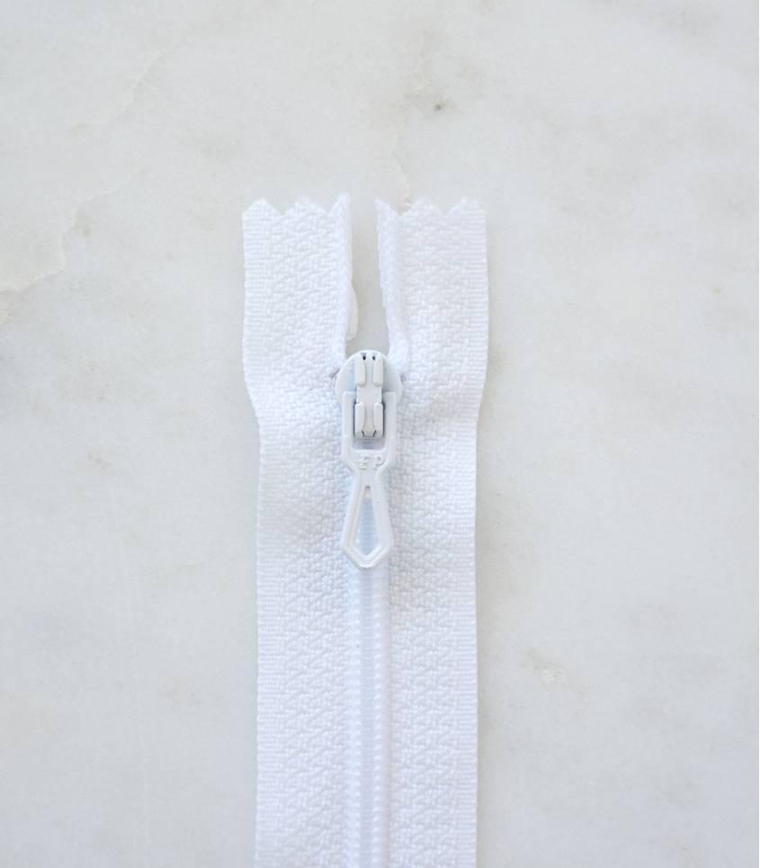 Fermeture éclair - blanche 400