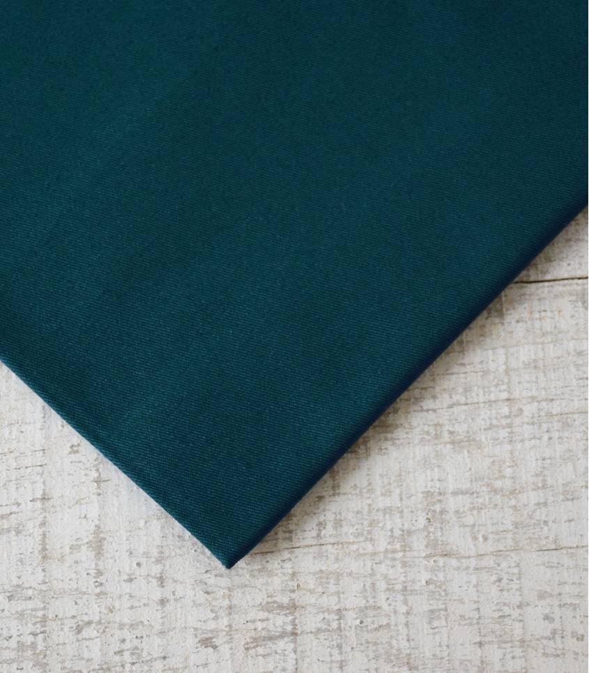 Tissu gabardine bleu pétrole