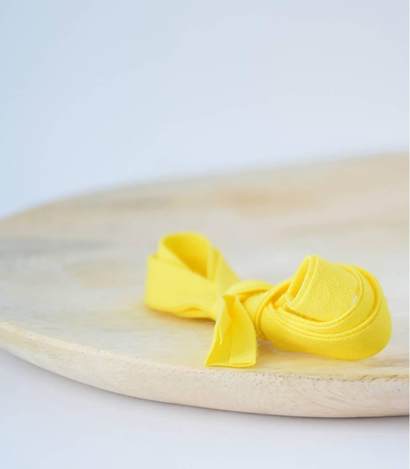 Biais jaune citron