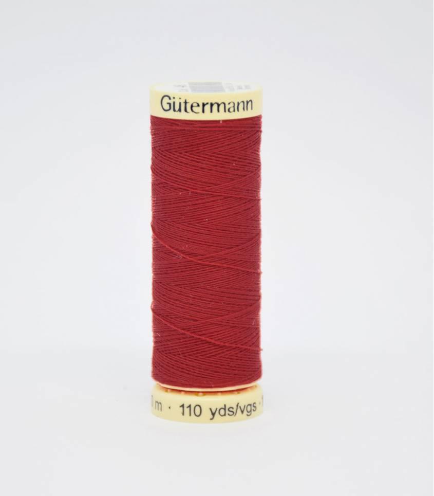 Fil à coudre Gütermann rouge-46