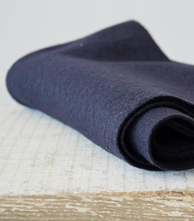 Tissu laine bouillie marine