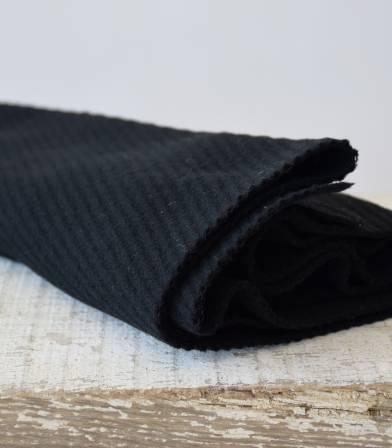 Tissu lainage - diagonale noire