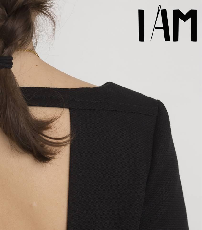 I am APHRODITE - robe