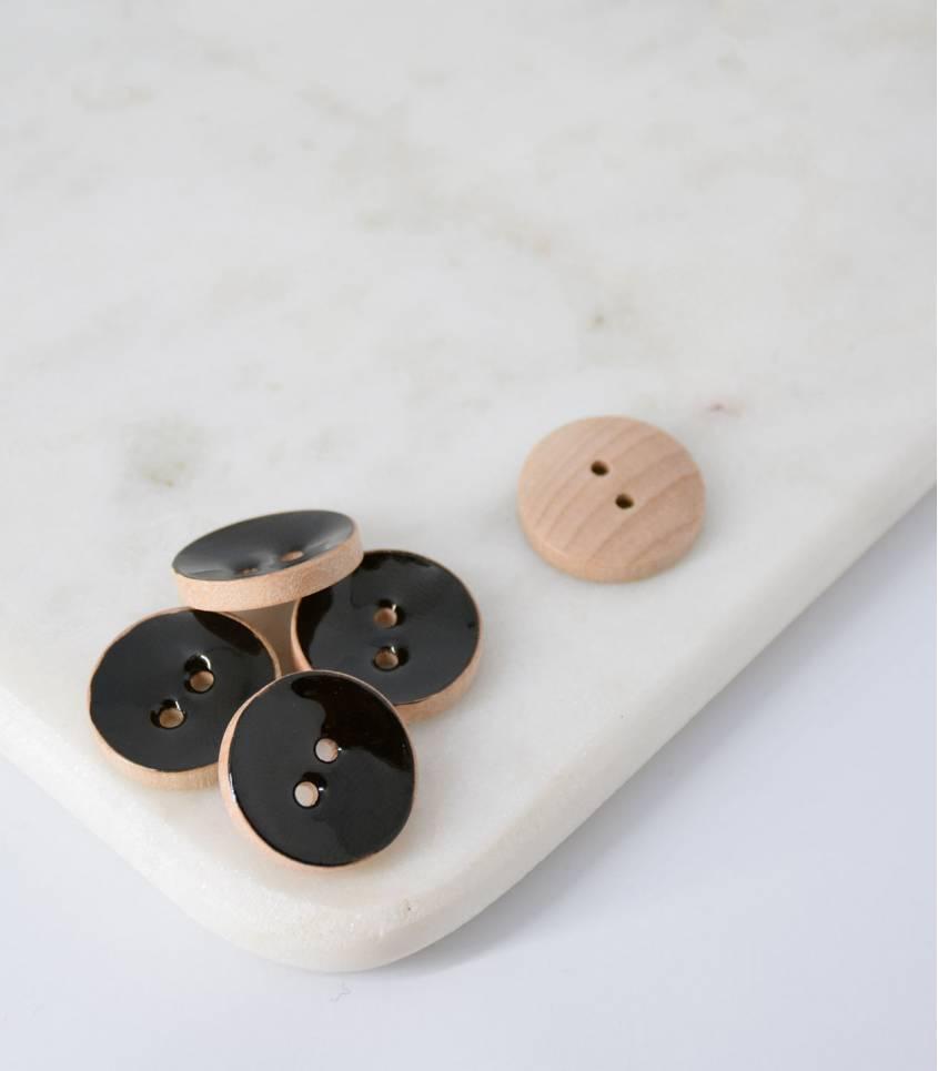 Boutons bois peint noir - 20mm