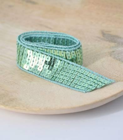 Ruban paillettes carrées vert d'eau 5 rangs