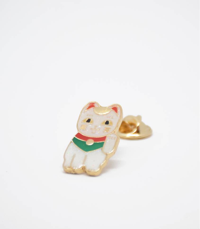 Pin's Lucky cat