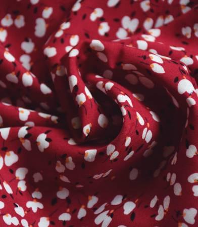 Tissu viscose fleurs de cotons - rouge