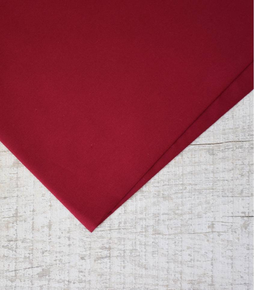 Tissu popeline de coton bordeaux