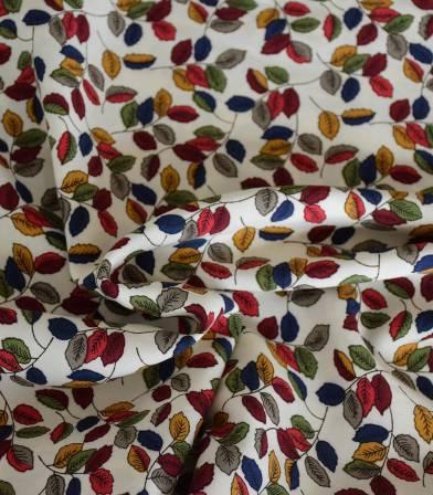 Tissu viscose Mille feuilles - Ecru