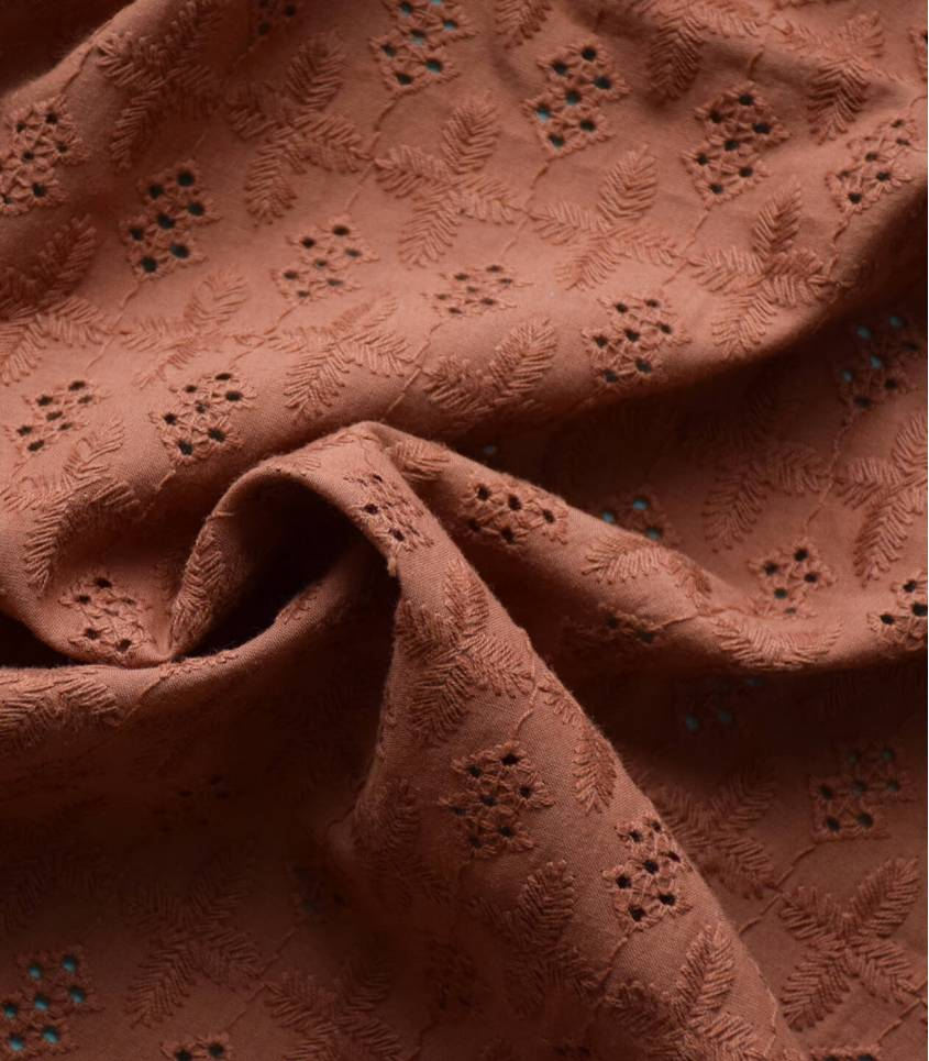 Broderie anglaise - Ambre