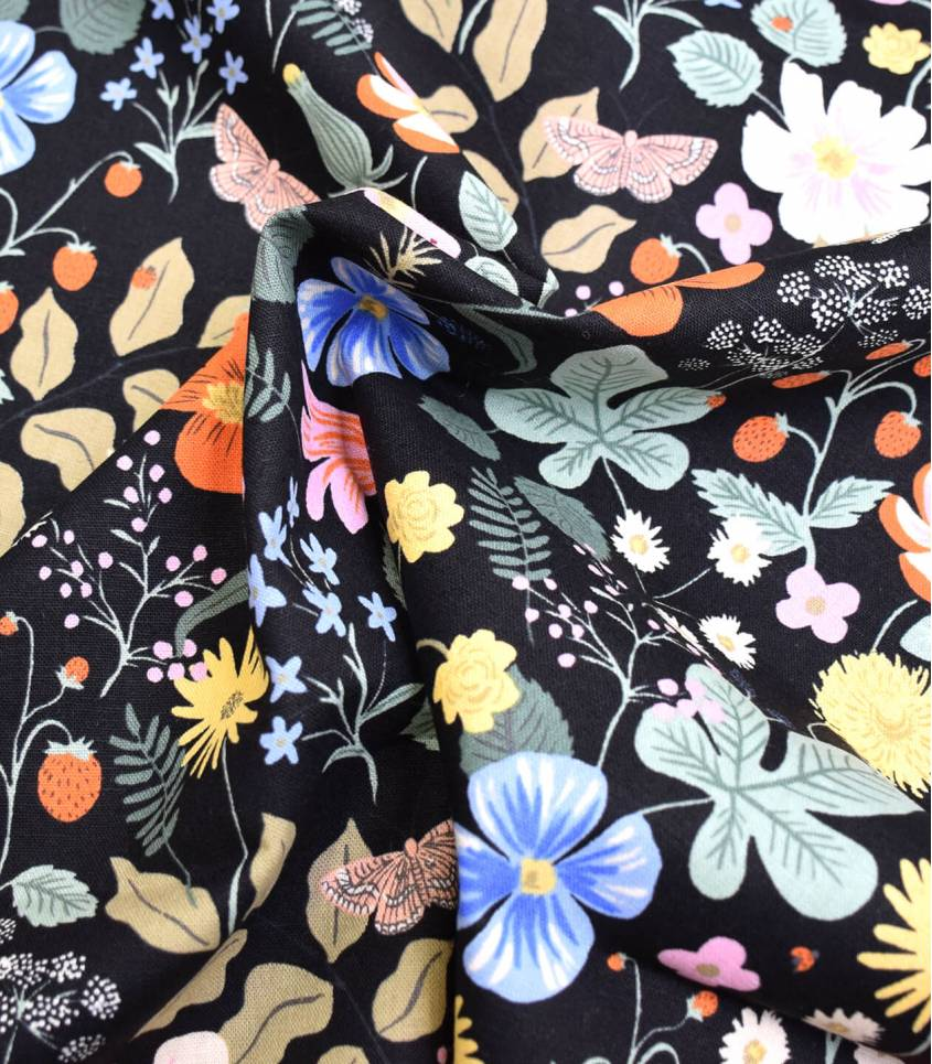 Tissu Canvas Strawberry Fields - Black