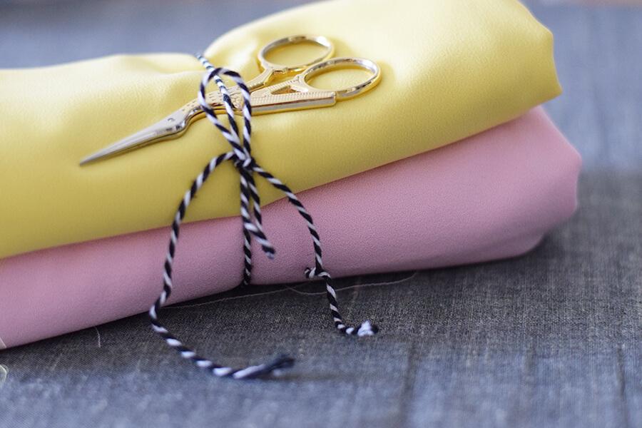 Tissus aspect polyester